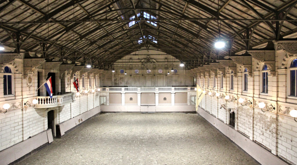 indoor arena Hollandsche Manege Amsteardam